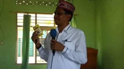 """Aktivis Manggarai Sebut Dira Tome Pemimpin """"Bajingan"""""""