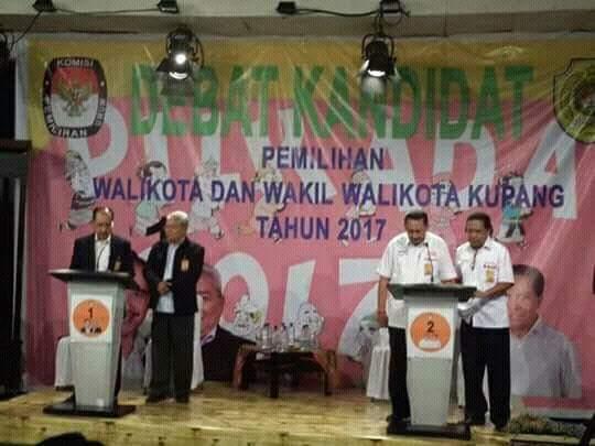 Debat perdana Pasangan Calon Wali Kota dan Wakil Wali Kota Kupang di Studio TVRI Kupang. (Ist)