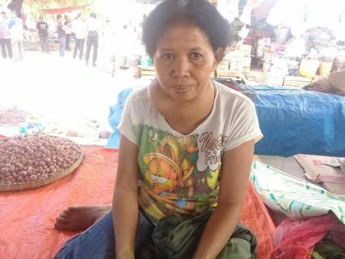 Benny K Harman Beri Harapan Bagi Seorang Ibu Penderita Gondok