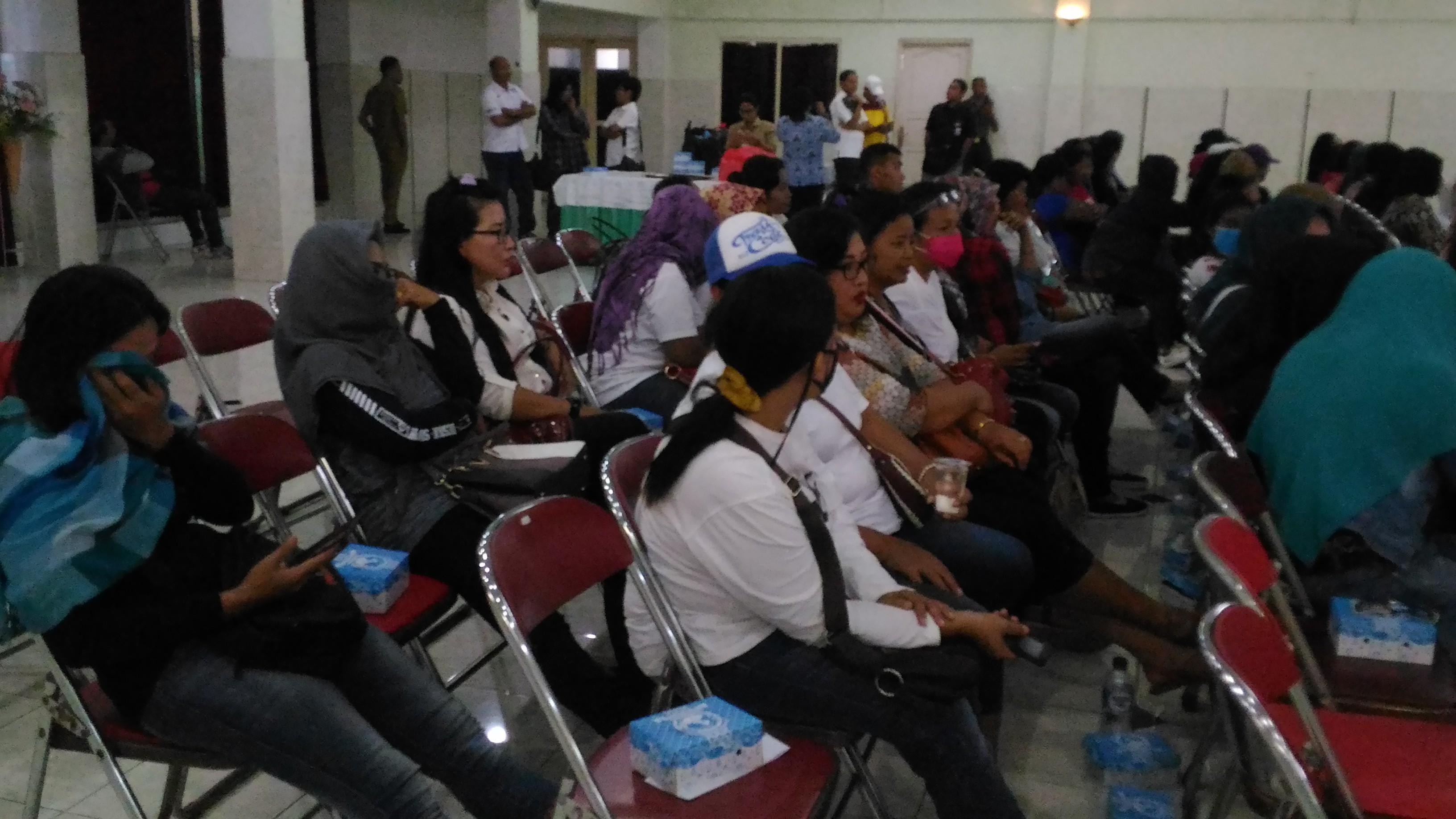 Pertemuan PSK penghuni lokalisasi Karang Dempel bersama pemerintah Kota Kupang. (Ist)