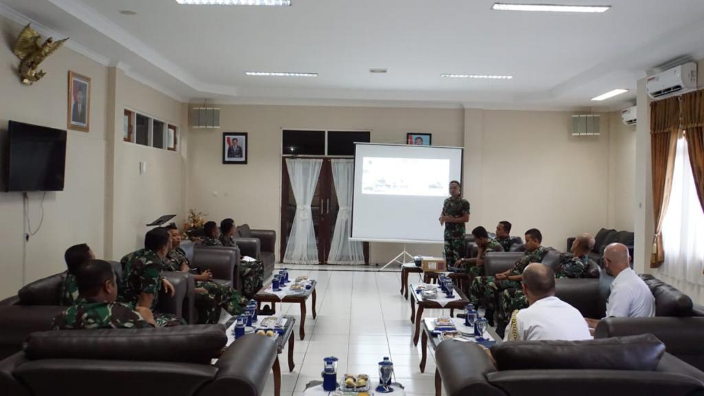 Pertemuan Lantamal VII Kupang dan Angkatan Laut Australia dalam rangka latihan bersama pada bulan Mei 2019 mendatang.  (Foto: Dispen Lantamal VII)
