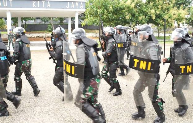 Suasana latihan pengamanan di Mako Lantamal VII Kupang. (Foto: Dispen Lantamal VII Kupang)