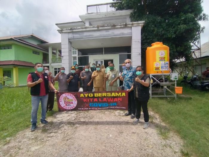 ETIKA Serahkan Bantuan APD dan MCT untuk RSUD Naibonat