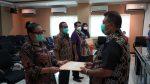 Pesan Sekda Kota Kupang saat Menyerahkan DPA–SKPD 2021