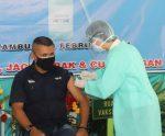 Vaksin Perdana di Perbatasan RI–RDTL, Bupati dan Jurnalis Ikut Disuntik