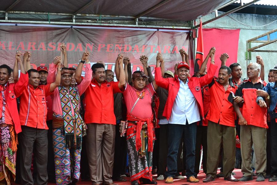 Dubes Jilid II, Calon Tunggal yang Resmi Berlaga di Pilkada TTU 2015