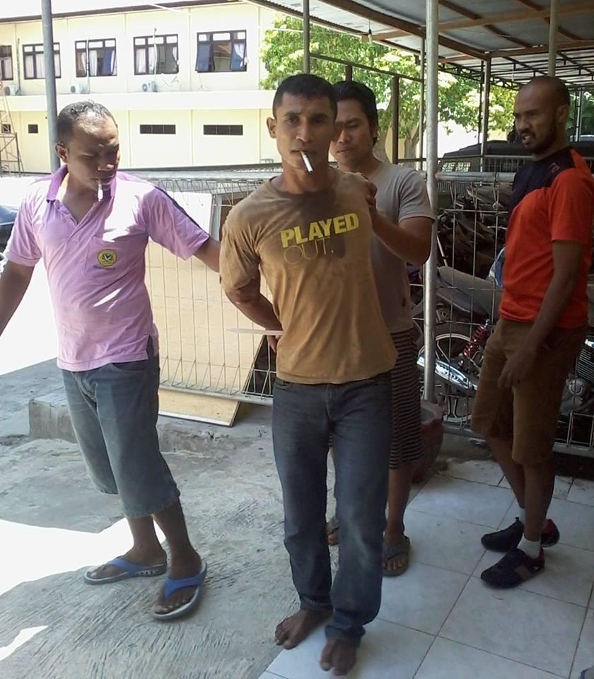 Mantan Polisi Ditangkap Karena Mencuri