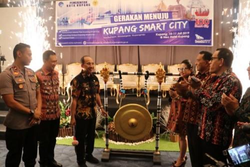 """Bank NTT Dukung Gerakan Smart City Lewat Program """"DIA BISA"""""""