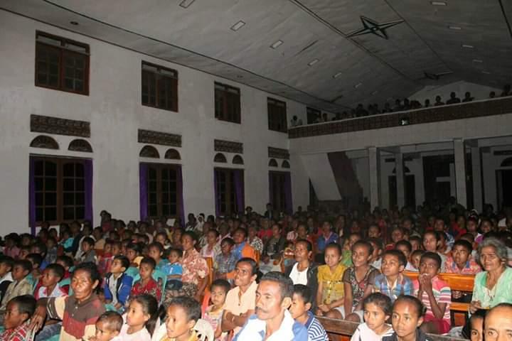 Aksi Pelayanan Mahasiswa STAKN Kupang di Jemaat Sion Babuin