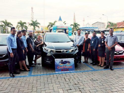 Akhir Tahun 2019, Tiga Nasabah KCK Bank NTT Dapat Mobil Program Cashback