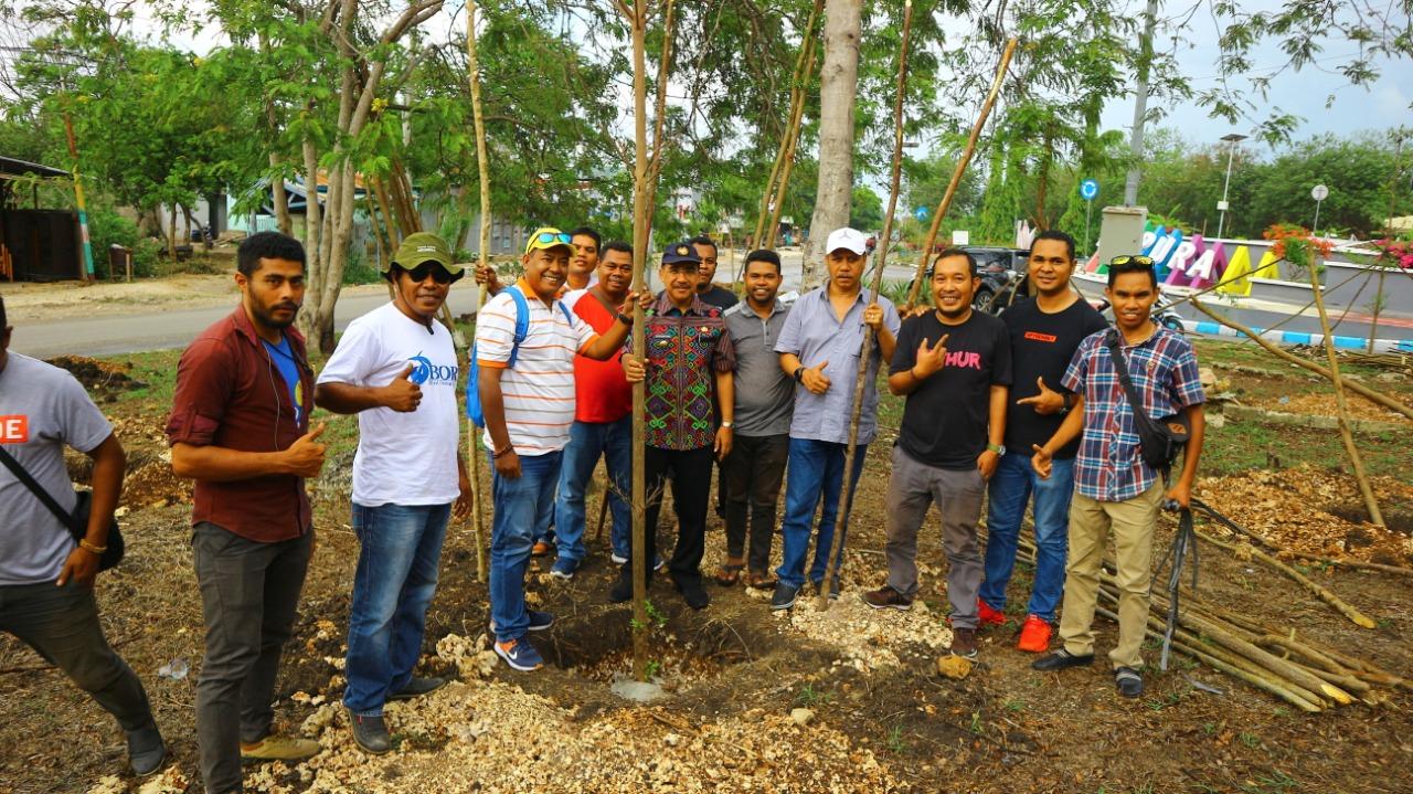 JOIN NTT Inisiasi Aksi Tanam Pohon Bersama Wali Kota Kupang