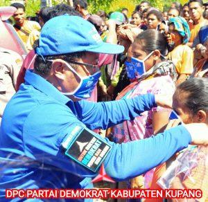 Baksos Partai Demokrat Kabupaten Kupang di Amfoang Tengah Lawan Covid-19