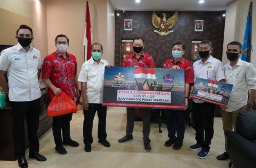 Wali Kota Kupang Terima Donasi Covid-19 dari FGBMFI dan PSMTI