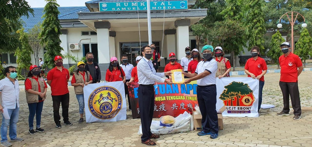 Dimotori ETIKA, Warga Keturunan  Tionghoa di Kupang Bantu APD untuk Tenaga Medis