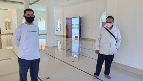 Anggota DPRD Rote Ndao Tolak Tes Suhu dan Marahi Petugas Masjid