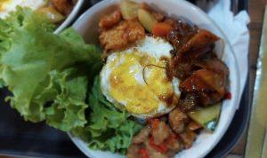 Waroenk Spectaculiner Tarwarkan Rice Bowl Lezat dengan Harga Terjangkau