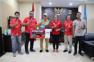 Telkomsel Bantu Paket Kuota Belajar 10 GB untuk 25 Ribu Pelajar Kota Kupang