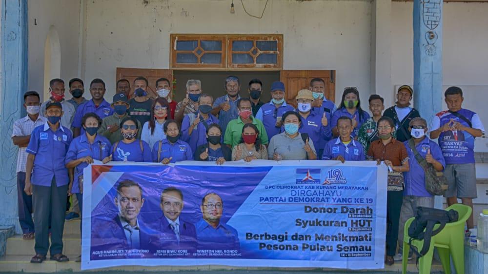Aksi Kemanusiaan Partai Demokrat Kabupaten Kupang di Pulau Semau