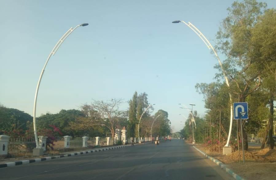 Lagi, Pemkot Kupang Pasang 1.800 Lampu Jalan dan Trotoar Berstandar Nasional