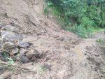 Hujan Lebat Disertai Longsor, Akses Penghubung 3 Desa di Ende Putus Total