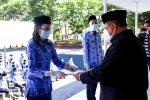 Serahkan SK CPNS, Ini Pesan Sekda Kota Kupang
